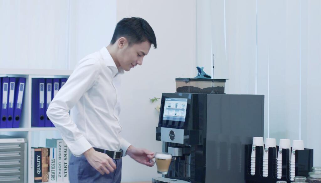 商用办公室咖啡机,茶水间福利,现磨扫码咖啡机,卡布奇诺咖啡机